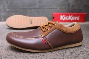 Sepatu Branded Pria