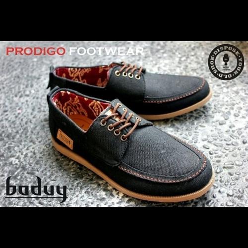 Sepatu Pria Online