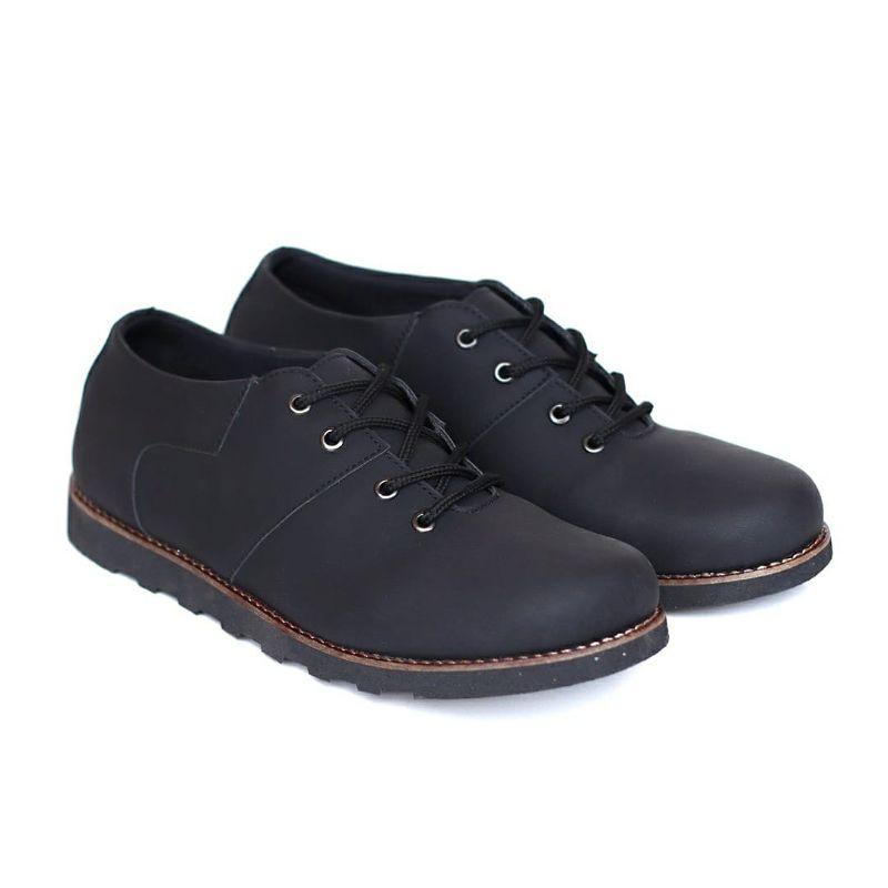 model sepatu casual pria
